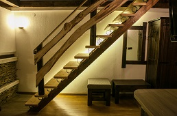 Apartament Lux2 stairs1