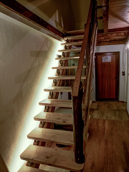 Apartament Lux2 stairs2
